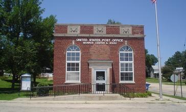 Monroe_Center__IL_Post_Office_01.JPG