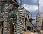 A329__Earthship_home_under_construction__Taos__New_Mexico__USA__2011.JPG