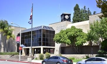 Bellflower__CA_City_Hall.jpg