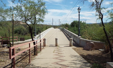 Winkelman-Winkelman_Luten_Bridge-1916.jpg