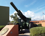 Fountain_Hills-155mm_Howitzer_M114A1_in_Fountain_Park-1.jpg