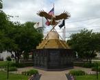 Hero_Street_Monument_in_Silvis__Illinois.jpg