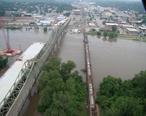Atchison-bridges-2011-flood.jpg