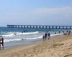 Hermosa_beach_summer_day.jpg
