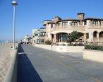 6th_street_and_hermosa_beach_strand.JPG