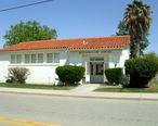 Buttonwillow__California__public_library__2011.jpg