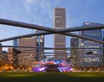 Jay_Pritzker_Pavilion__Chicago__Illinois__Estados_Unidos__2012-10-20__DD_09.jpg