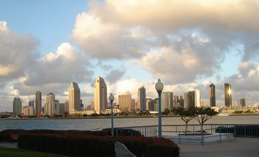 San_Diego__CA_USA_-_View_from_Coronado_-_panoramio.jpg