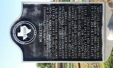 Texas_Historical_marker_for_Mobeetie.jpg