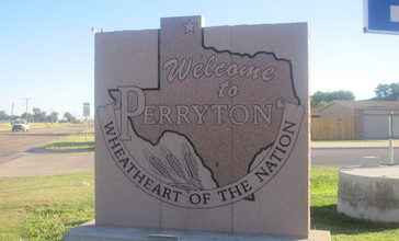 Perryton__TX__welcome_sign_IMG_6047.JPG