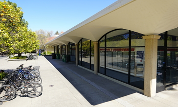 Stanford__California__United_States_Post_Office__March_2019.jpg