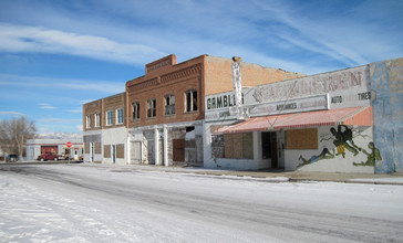 Abandoned_Downtown_Buildings__Shoshoni__Wyoming.jpg