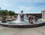 Lake_Havasu_City-Lake_Havasu_City_Water_Fountain.jpg