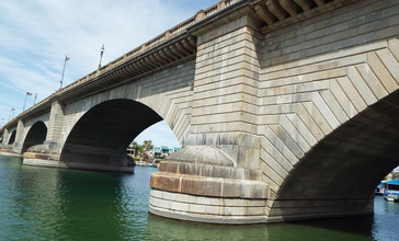 Lake_Havasu_City-London_Bridge-1831-2.jpg