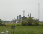 Grand_Tower_Energy_Center__near_Grand_Tower__Illinois_along_the_Mississippi_River_from_Illinois_highway_157.JPG