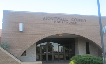 Stonewall_County__TX__Courthouse_IMG_6233.JPG