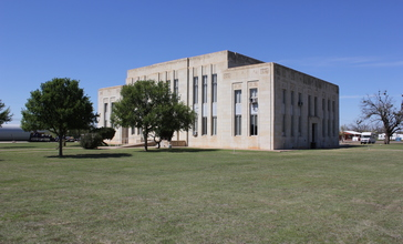 Knox_County_Courthouse__Benjamin__Texas.jpg