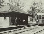 North_Shore_Line_in_Wilmette.jpg