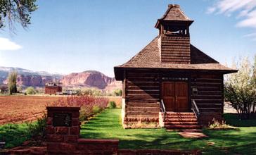 HistoricSchoolhouse_TorreyUT.jpg