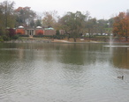 Hagerstown_City_Park_Lake_and_Wash_Co_Mus_Fine_Arts.JPG