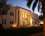 Imperial_County_Superior_Courthouse_El_Centro_Night.jpg