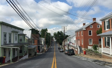 2016-07-29_09_20_27_View_west_along_Maryland_State_Route_845__Main_Street__between_Park_Lane_and_Antietam_Drive_in_Keedysville__Washington_County__Maryland.jpg