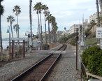 Amtrak_route_along_San_Clemente__CA__beach_DSCN0040.JPG