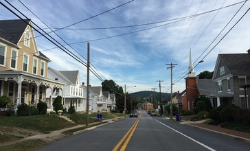 2016-09-21_08_45_02_View_north_along_Maryland_State_Route_17__Main_Street__between_Cedar_Street_and_Poplar_Street_in_Myersville__Frederick_County__Maryland.jpg