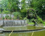 Mosaiculture_at_the_Atlanta_Botanical_Garden.jpg