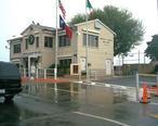 Brownsville___Matamoros_Bridge_office.jpg
