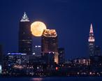 Moon_over_Cleveland__33388400986_.jpg