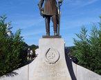 Joseph_E_Johnston_monument_in_Dalton_GA.jpg