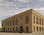 United_States_Courthouse__Davenport__Iowa.jpg