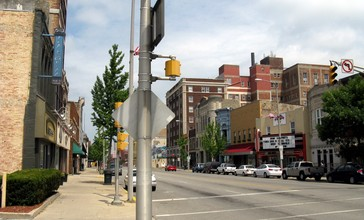 Elkhart__Indiana_-_Main_Street.JPG