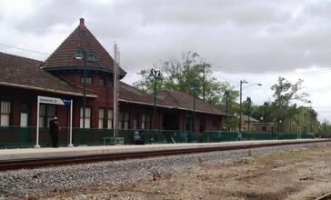 2012-03-20_Hammond_LA_Amtrak_station.JPG