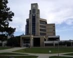 Dean_B._Ellis_Library__Arkansas_State_University__3_September_2005_.jpg