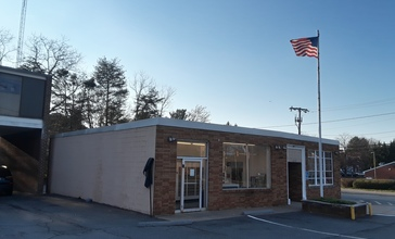 Dunn_Loring_Post_Office_at_early_evening.jpg