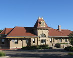 Manhattan_Kansas_Union_Pacific_station.JPG