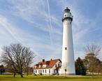 Wind_Point_Lighthouse_071104_edit2.jpg