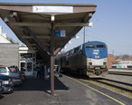 Amtrak_Carolinian_Stopped_at_Raleigh_NC.jpg