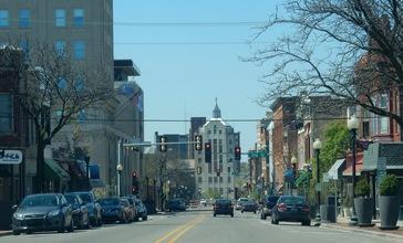 Rockford_East_State_Street_Corridor_looking_west_from_3rd_Street.jpg