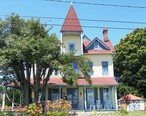 Alexander_Graham_Bell_s_Summer_Home_in_Colonial_Beach__Virginia.JPG