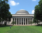 MIT_Building_10_and_the_Great_Dome__Cambridge_MA.jpg