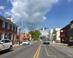 2016-07-19_10_02_11_View_south_along_U.S._Route_11__King_Street__at_Holiday_Street_in_Strasburg__Shenandoah_County__Virginia.jpg
