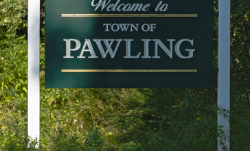 Pawling__NY__welcome_sign.jpg