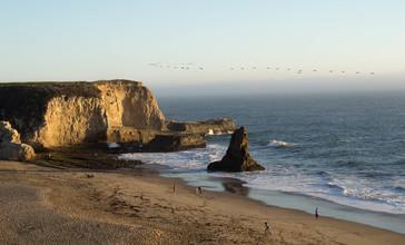 Shark_Tooth_Rock___Davenport_Beach.jpg
