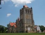 Basilica_of_St._Michael_the_Archangel_-_Loretto__Pennsylvania_01.jpg
