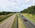 2019-06-25_17_56_08_View_north_along_Interstate_81_from_the_overpass_for_Virginia_State_Route_280__Stone_Spring_Road__in_Harrisonburg__Virginia.jpg