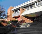 Framingham_Public_Library_Entrance.jpg