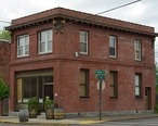 Carlton_Oregon_105_W_Main_street.JPG
